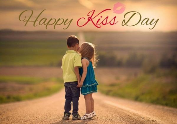 Happy Kiss Day HD Pictures