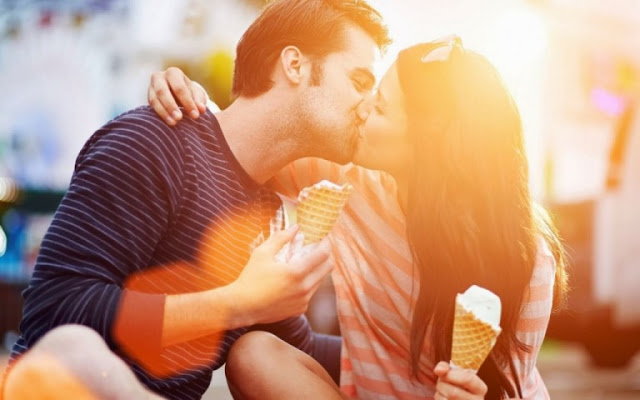 Happy Kiss Day Images for Wallpapers 2018
